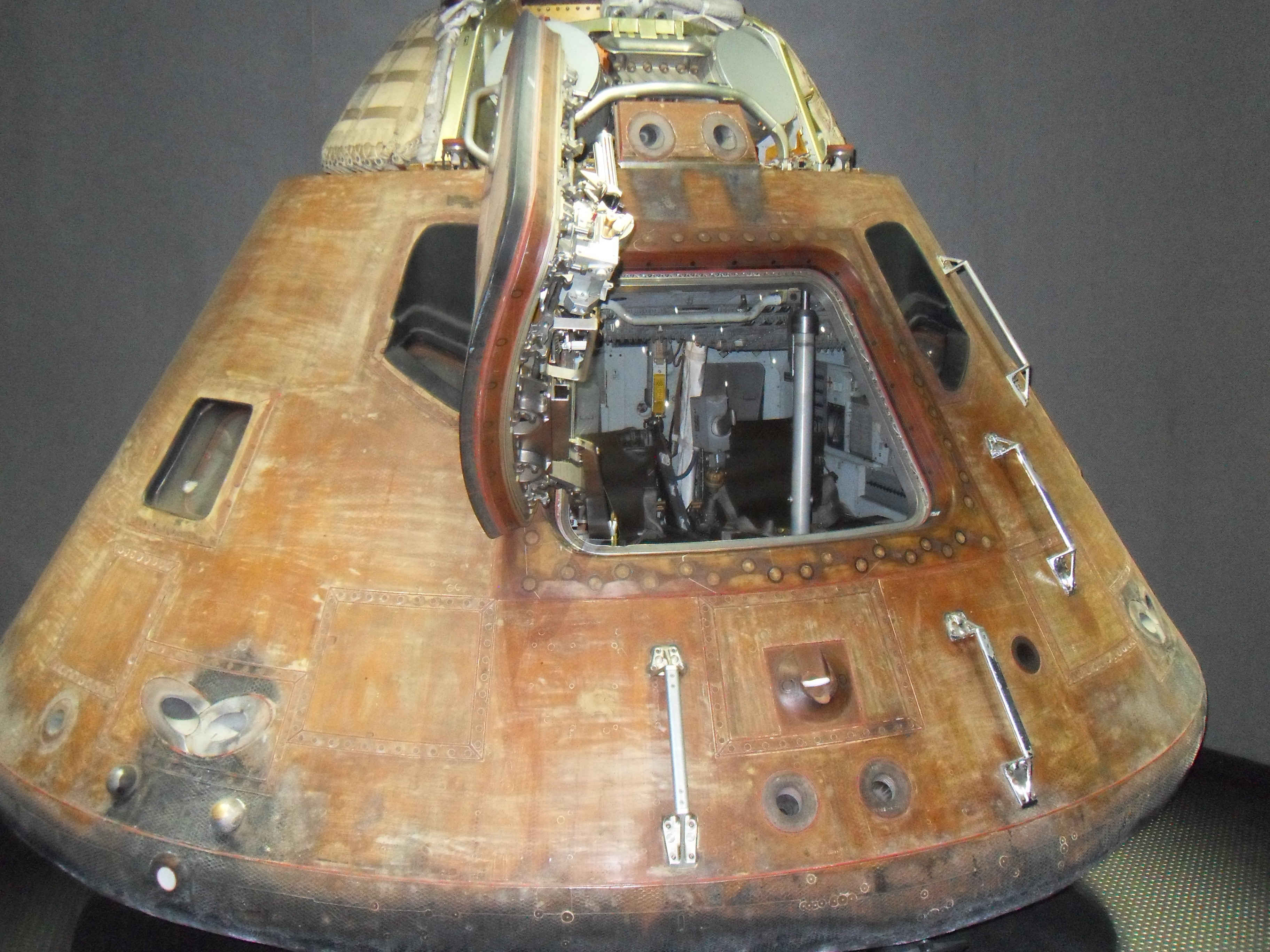 Apollo Rocket Capsule (page 4) - Pics about space